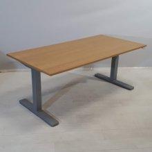 Sähköpöytä P168-Kinnarps
